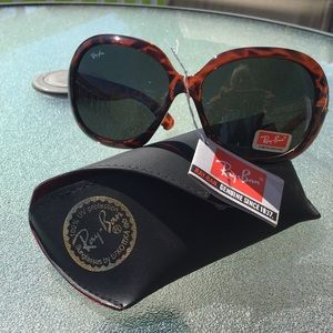 Ray-Ban sunglasses. Brand new!